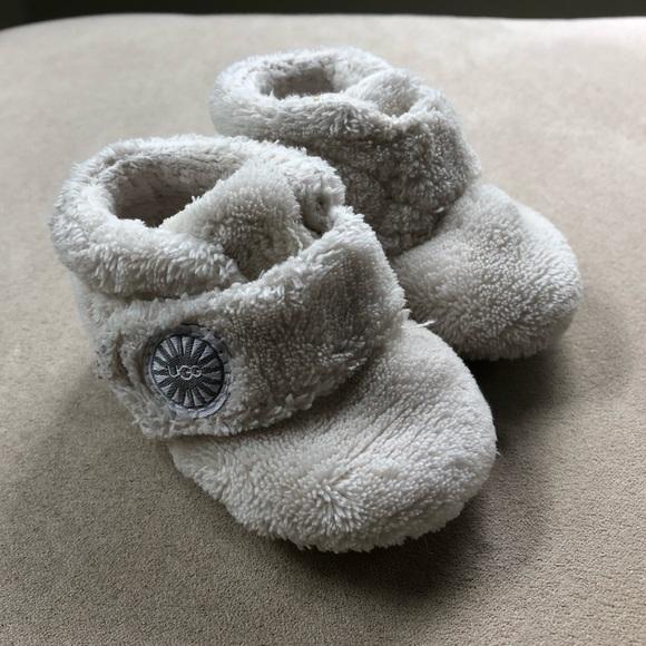 b776e245099 UGG Bixbee Infant Booties